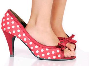 2_little-girl-shoes